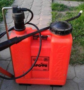 Опрыскиватель 12 литров