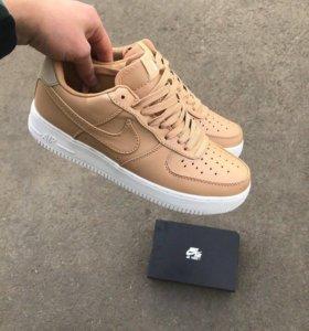 Кроссовки Nike originals