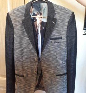 Пиджак с карманами 😁
