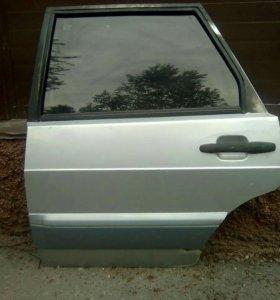 Дверь задняя левая.цвет серебро