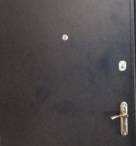 Дверь б.у.