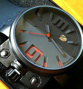 """★★★""""Shark"""" часы новые"""