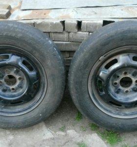 Два диска r13 на ВАЗ