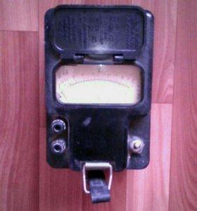 Мегаомметр М1101М.  500v