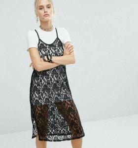 Новое платье-футболка с кружевом