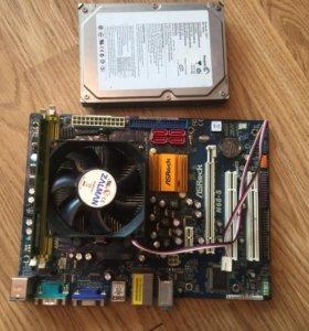 Asrock N68-S + AMD 64X2 5400 +DDR2 1GB