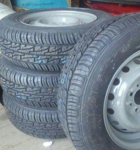 "Колеса с дисками на автомобиль ""Жигули"""