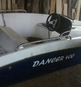 Пластиковая лодка легкая под 30 мотор