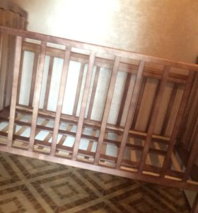 Кроватка, детская-500 р. Матрас для кроватки-800 р