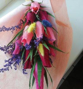 Цветы из конфет.