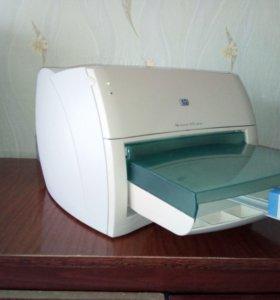Лазерный принтер HP 1000