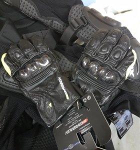 Мотоперчатки новые 8-9см