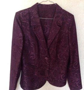 Новый красивый пиджак 46 размер