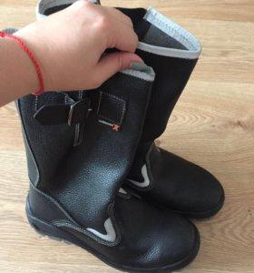 Сапоги(спец обувь)
