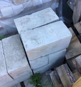 Бетонные блоки 14 шт