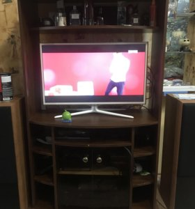 Шкаф под ТВ