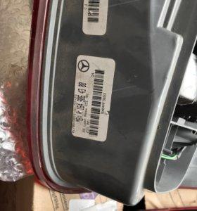 Задние диодные блок фары от мерседес МЛ 350