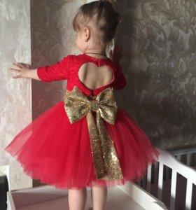 Нарядное платье для девочки 2 годика