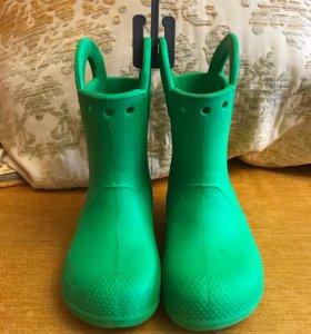 Резиновые сапоги фирмы Crocs