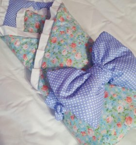 Конверт одеяло на выписку двухсторонний.