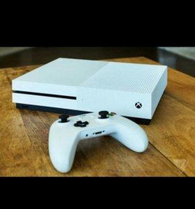 Игровая консоль x-box one s 500g
