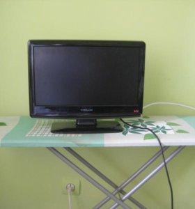 Телевизор Helix в комплекте с цифровой приставкой