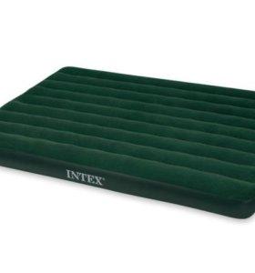 Надувной матрас Intex с насосом на батарейках