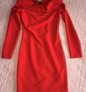 Эффектное красное платье 42р.
