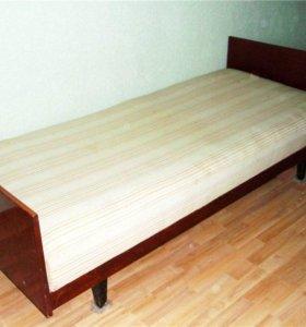 Кровать полированная односпальная