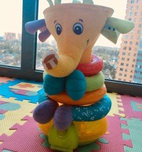Слон-пирамидка Tiny Love