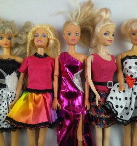 Платья и одежда для кукол Barbie Simba Sindy и пр.