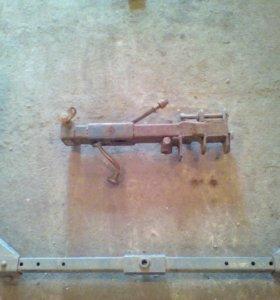 Колеса с регулировочным винтом для фрезы