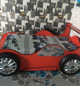 Детская кровать матрас 170м как новый сама190м