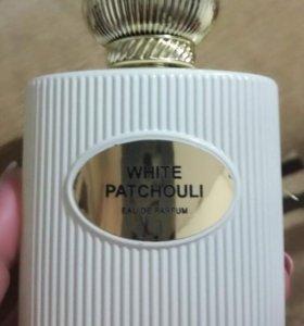 Арабский парфюм очень стойкий