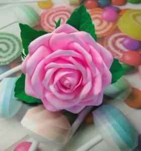 Роза на резиночке