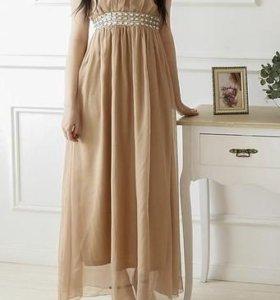 Красивое платье 42-46 размера