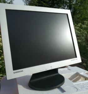 "Монитор 15"" Samsung"