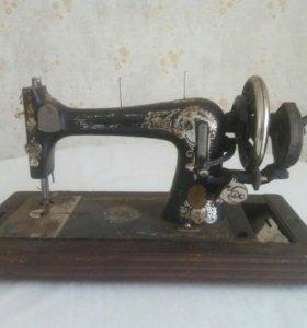 Швейная машина 40-х г.г