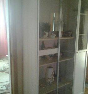 Шкафы универсальные   новый икея две  двери стекля