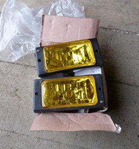 Противотуманные фары (новые)желтого цвета 2 штуки