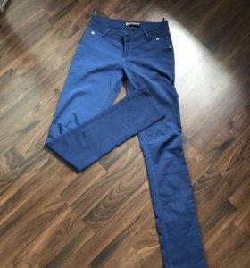 Штаны синие 44 размер