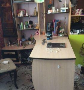 Стол письменный со стенкой компьютерный
