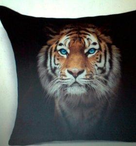 Наволочка тигр 43*43см новая полиэстер на молнии