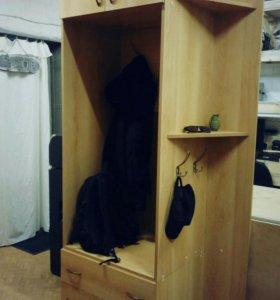 Шкаф с комодом (3 ящика) в прихожую б/у