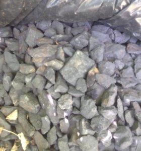 Камень шунгит.