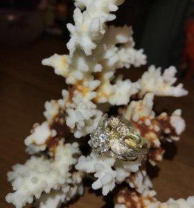 Кольцо серебро с позолотой 925.