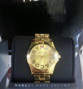 Часы Mark Jacobs