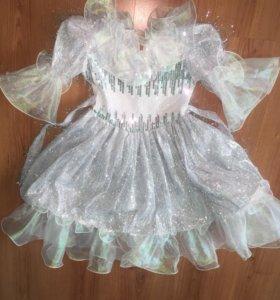 Платье в отличном состоянии 7-8