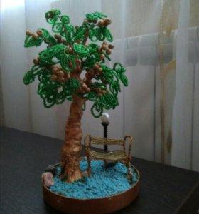 Дерево счастья из бисера и натуральных камней