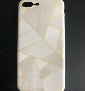 Чехлы на iPhone 8+ 7+